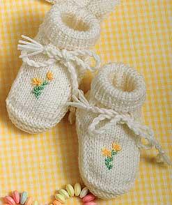 official photos 818be ece76 Come realizzare un paio di scarpine per neonato ricamate ...